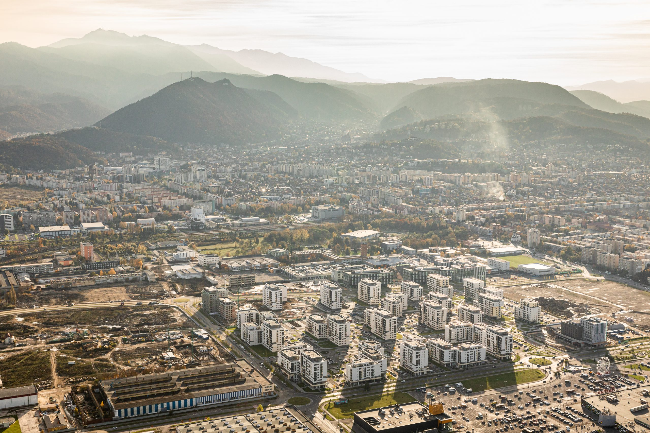 Coresi Avatgarden, prima zonă a Brașovului care a fost adaptată noilor direcții ale urbanismului modern.